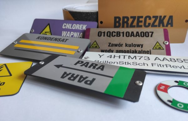 tabliczki grawerowane-1